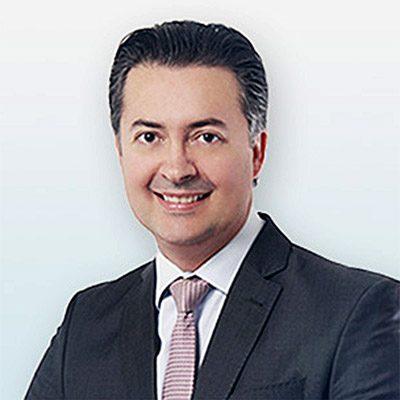 dr-andre-araujo-cirurgia-plastica-reconstrutora-arutana-rivetti